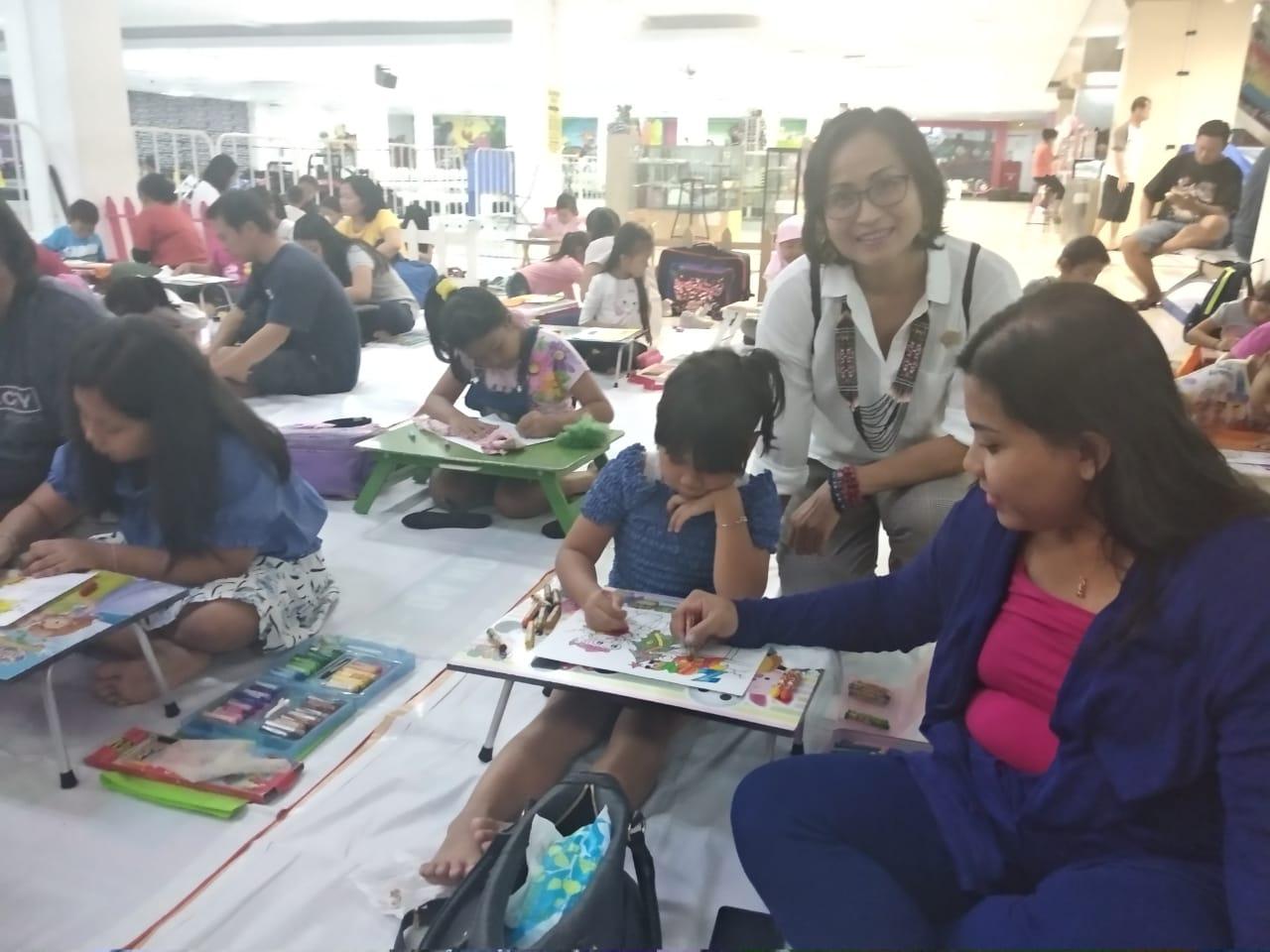 Anggota DPRD Denpasar Emiliana Sri Wahjuni Dukung Anak Anak